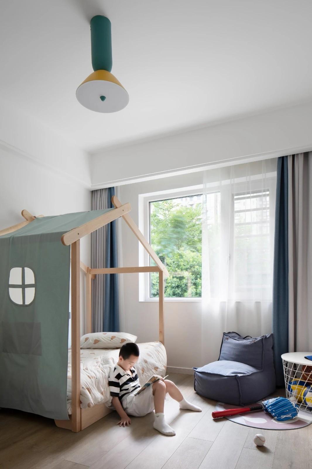 176㎡去客廳極簡設計,榻榻米加上滑滑梯孩子們的自由生長傢插图19