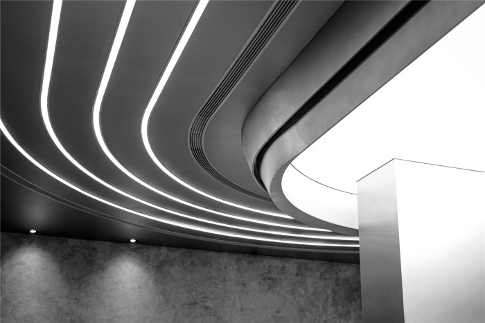 HAYDON | 時空裂縫 墜入未來插图13