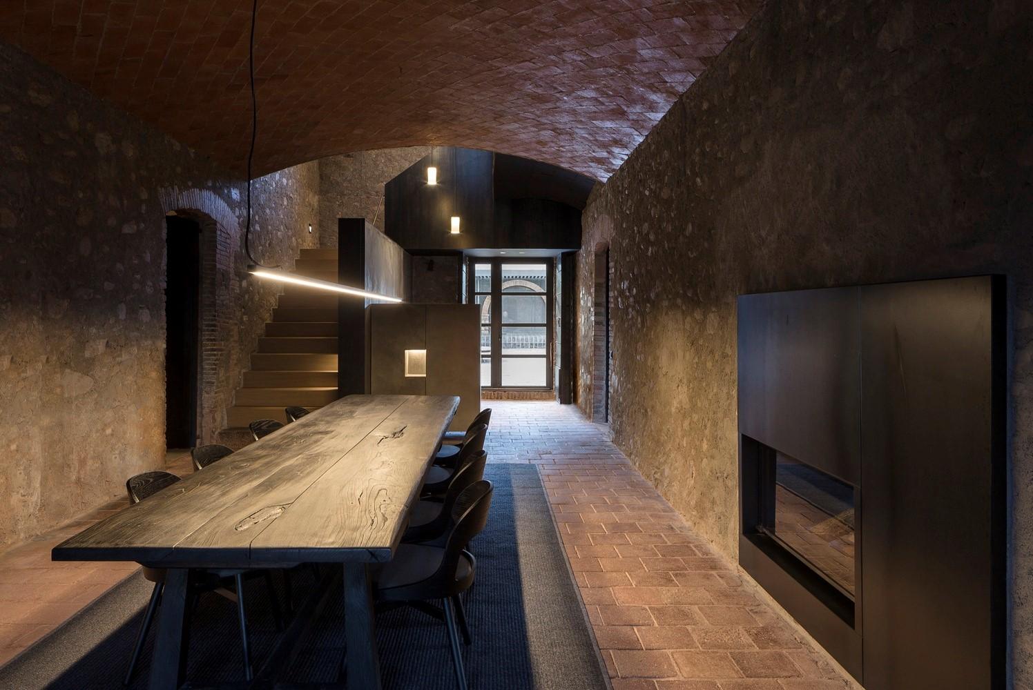 聖馬提住宅,金屬回廊平衡新與舊的關系 / Francesc Rifé Studio插图(4)