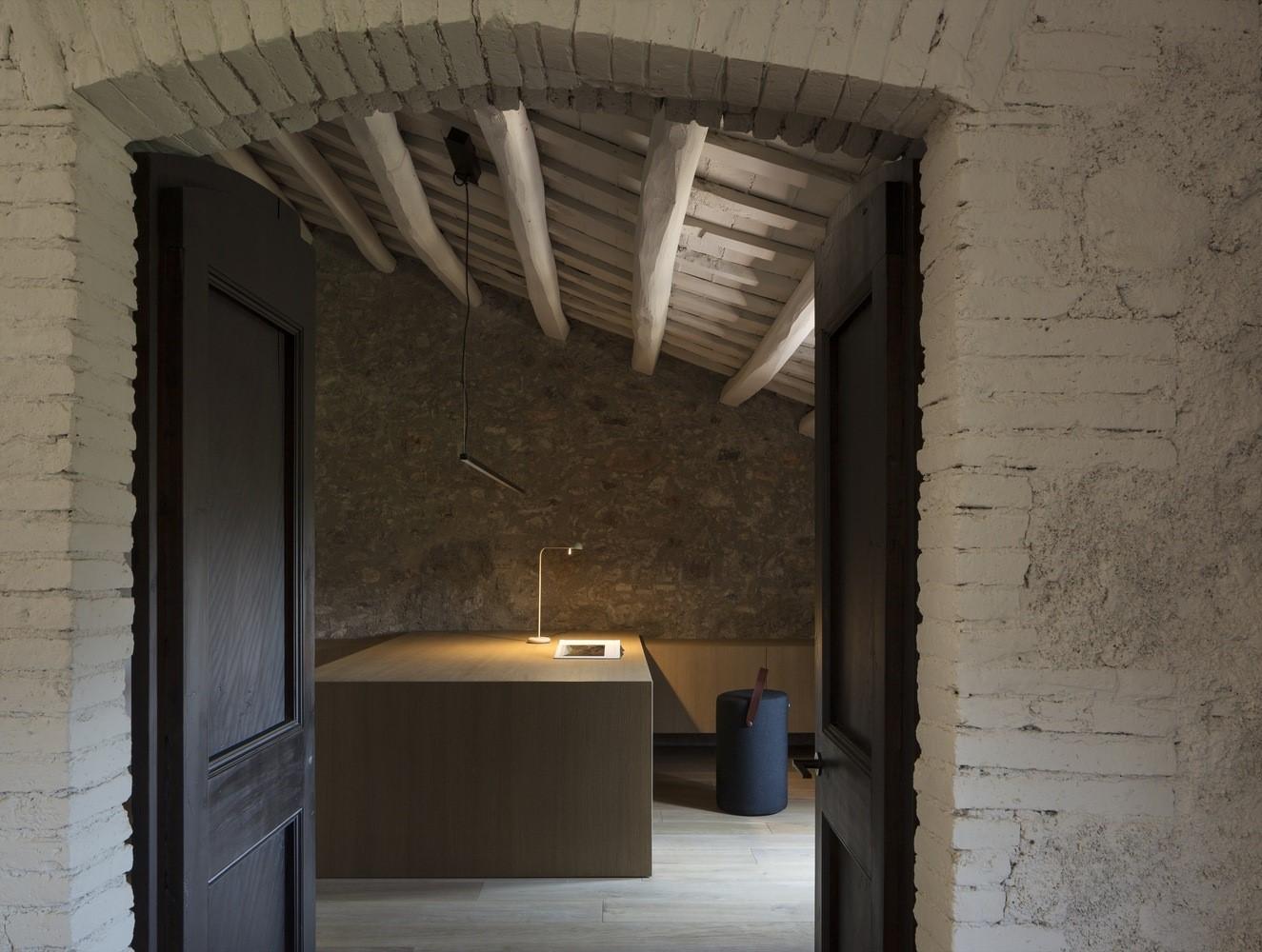 聖馬提住宅,金屬回廊平衡新與舊的關系 / Francesc Rifé Studio插图(11)