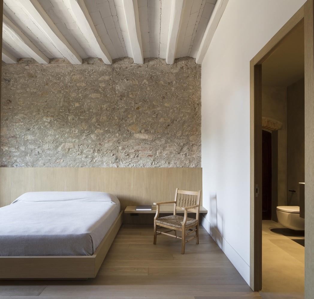 聖馬提住宅,金屬回廊平衡新與舊的關系 / Francesc Rifé Studio插图(14)