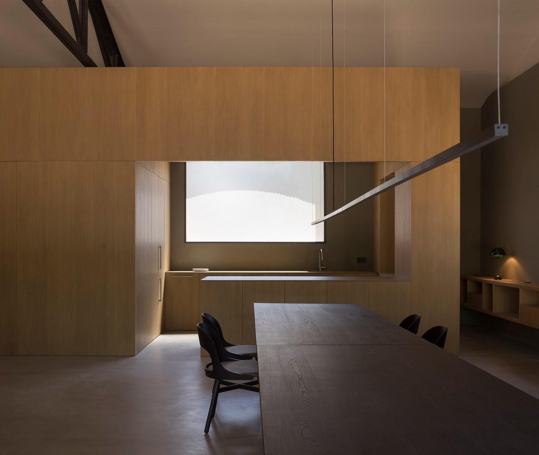 聖馬提住宅,金屬回廊平衡新與舊的關系 / Francesc Rifé Studio插图(19)